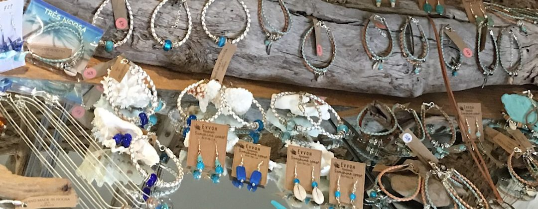 Beach shell jewellery